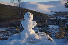 Mountaineering Snowman (steve_whitmarsh) Tags: aberdeenshire scotland scottishhighlands highlands craigendarroch winter snow mountain hills snowman cairngorms topic abigfave