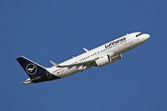 A320 neo (D-AINP) Lufthansa (boeing-boy) Tags: mikeling boeingboy a320 dainp lufthansa