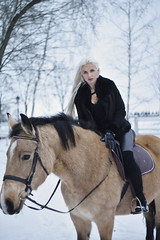 rider horse (Vadim Beldiy) Tags: riderhorse rider womanportrait woman horsewoman human people horse femaleportrait female blonde longhair ukrainiangirl ukranianwoman winter wintermood cold coldness snow frost frosting helios81n helios81h helios81 vadimbeldy vadimbeldiy mezhigorieresidence mezhigorie lapetiteecurie женскийпортрет девушка модель model beautiful asbeautifulasyouwant beautifulwoman bellasellas гелиос81н мсгелиос81н гелиос81 manualfocus manuallens ussrlens 50mm saariysqualitypictures ukrainianwomen ukrainianmodel ukrainemodel ukrainegirl ukrainewoman