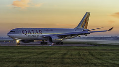 Qatar Cargo A332F A7-AFG.EGCN 22.09.17 (Les York) Tags: s sunrise finningley qatar cargo egcn doncaster airport