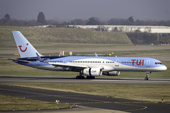 TUI 757-200 G-OOBD at Birmingham Airport BHX/EGBB (dan89876) Tags: tui airways tomjet thomson boeing 757 b752 757200 goobd birmingham international airport bhx egbb