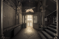 Grand entrance (Marco Bontenbal (Pixanpictures.com)) Tags: nikon d750 tamron 1530 lost abandoned decay decayed hidden urbex urban ue urbanexploring beautiful natural light naturallight photography pixanpictures entrance history germany europe exploring eu empty emotion explore entree mysterious stairs stairway