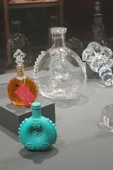 Musée des Arts du cognac, Cognac (16) (Yvette G.) Tags: flacon verre cognac 16 charente poitoucharentes nouvelleaquitaine musée muséedesartsducognac