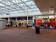 Boots & Trespass, The Mall, Cwmbran 2 January 2019 (Cold War Warrior) Tags: cwmbran boots trespass shop