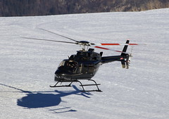 IMG_3766 (Tipps38) Tags: hélicoptère aviation photographie montagne alpes avion courchevel neige helicopter 2019 planespotting