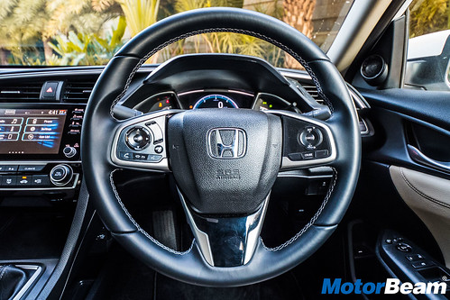 2019-Honda-Civic-14
