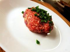 Burgin´. (Papa Razzi1) Tags: burger burgin ´foodie fast raw tartar beef högrev february 2019
