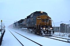 Snowrail in Prospect Heights (Twigy BNSF) Tags: conrail csx dash8 ge snow chicago cn waukesha sub