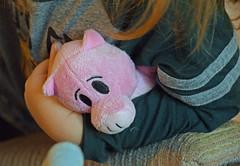 Pig Under the Arm (MTSOfan) Tags: pig toy squid flynn grandson arm reading preschooler almostthree plush stuffed