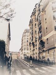 2 rue Girardon (LUMEN SCRIPT) Tags: composition architecture paris city urbanphotography guidinglines streetphotography canon dream mood atmosphere