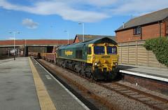 66545 (Andy Hughes Rail Pics.) Tags: 66545 6y33 bridlington 24032019