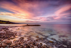 Senza mai arrivare (Gio_guarda_le_stelle) Tags: seascape sunset pink seaside italy waves clouds romantic i water landscape italia mare light luce atmosphere roseto calabria mar sunday domenica canon