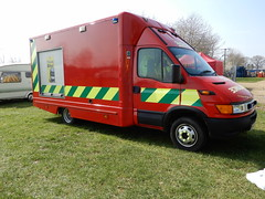 2004 Iveco Ford Daily S2000 Fire Ambulance (andrewgooch66) Tags: classic vintage veteran heritage preserved emergency fire ambulance firstaid tender appliance pump rescue ladder