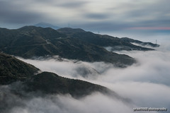 Stand above  clouds. (grant1980:)) Tags: cloud dusk foggy mist 茶壺山 grant1980