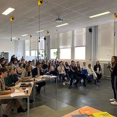 Mooie pitches van de internationale studenten als afsluiter van de @dockwize Bootcamp bij de @ibmshzeeland met een serieuze jury. Het was ook erg leuk om de studenten te trainen en de lean startup principes bij te brengen.
