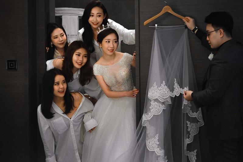 婚禮派對,萊特維庭,閨蜜照,男友白襯衫,KATZ 卡司複合式餐廳,夢幻證婚堂