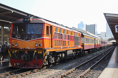 Thai Alsthom Train (ALS) (SITTINGGROUND) Tags: ad24c als alstom train bangkok srt railway rapidtrain thailand thaitrain