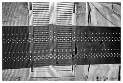 L'envers du visible (litang13) Tags: fenêtre marseille france noir blanc nb black white chantier illusion trou