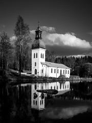 Rydboholm (jarnasen) Tags: fujifilm gfx50r gf45mm medium format bnw mood handheld freehand blackandwhite svartvit sweden sverige scandinavia sky church outdoor västergötland rydboholm reflections water stream geo geotag gallery copyright järnåsen jarnasen clouds trees composition contrast atmosphere spring