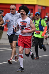 Brighton Marathon, April 2019 (Sean Sweeney, UK) Tags: nikon dslr d750 70300 brighton marathon east sussex runners running uk england race candid people 118 wig red white yellow