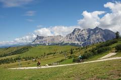 In mountain bike nelle Dolomiti (Silvano Romairone) Tags: corvara valbadia coldilana