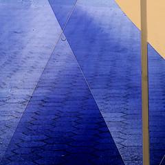 plexiglasstract (msdonnalee) Tags: plexiglass windowdetail abstract abstrait astratto abstrakt abstractreality ucsf geometry innamoramento