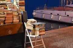 Books (unciclamino) Tags: