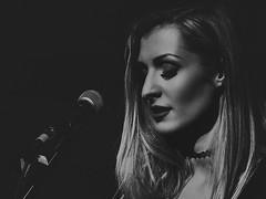 LM Acoustic (tiszafoto) Tags: canon eos 70d girl 70200mm életkép koncert feketefehér bw lm acoustic light