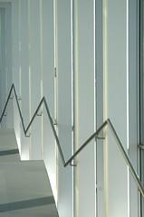 Triangle wave (DJ Axis) Tags: musée québec ville pavillon pierre lassonde aerial aérien spirale vertigineuse en trois paliers staircase curve glass verre descente gardecorps spiral three stages courbé blanc white auditorium palier escalier