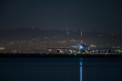 lh 459 taxi to runway 28l (pbo31) Tags: bayarea sanmateocounty night dark black nikon d810 color march 2019 boury pbo31 reflection sanfranciscointernational sfo lufthansa a380 aviation airline plane departure munich taxi takeoff airbus burlingame
