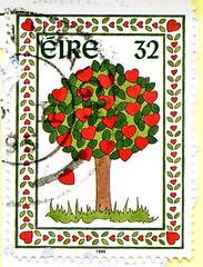 great stamp Eire Ireland 32p (Tree With Hearts) Briefmarke Irland timbre selo แสตมป์ ไอร์แลนด์ stampa Eire марки Ирландия スタンプ アイルランド francobolli Irlanda bélyegek Írország 우표 아일랜드 markas Īrija frimerker टिकटों आयरलैंड znaczki Irlandia маркица Ирска 邮票 爱尔兰 (stampolina, thx for sending stamps! :)) Tags: stamps stamp postzegel zegels postzegels timbre timbres postes postage briefmarken briefmarke sello sellos selos selo bolli bollo francobolli francobollo طوابع 邮票 razítka markica frimærker postimerkkejä γραμματόσημα בולים टिकटों bélyegek スタンプ 우표 antspaudai frimerker znaczki znamk pulları แสตมป์ markas eire irland ireland irlandia आयरलैंड 아일랜드 irlanda írország tree baum herz heart hearts red green cœurs cuori kiery harten 心中 心 corações corazón сердца дерево árbol árvore arbre 樹 木 rot grün drzewo ağaç kalp szív fák