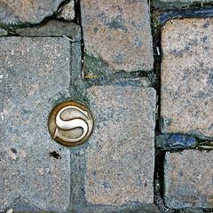 photo - Street Marker, Sarlat, France (Jassy-50) Tags: photo sarlat perigord france salamander squareformat streetmetal street brick s medallion sarlatlacaneda unescotentative