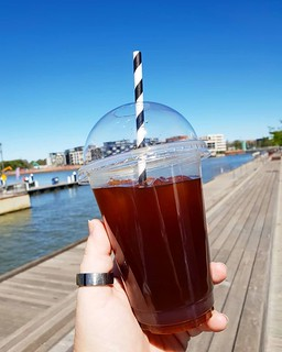 It's illegal to visit Kingston foreshore without cold brew. Actually illegal. #tuesday