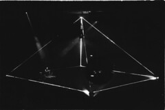 Roger Waters prisma (Nicola Rigo) Tags: roger waters live prisma bianco e nero black white fotografia analogica canos ilford