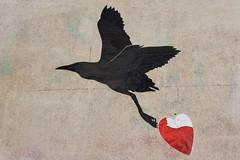 HeartCraft_1233 rue de Lancry Paris 10 (meuh1246) Tags: streetart paris animaux heartcraft ruedelancry paris10 oiseau coeur