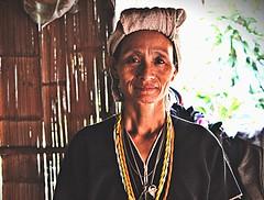Karen woman (m.iop91) Tags: entrylevel world travel picture thailand thai face 4000d eos canon