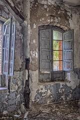 Antigua Estación de tren (pedroramfra91) Tags: abandono abandoned exteriores outdoors tren