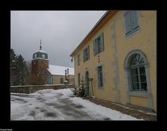 l'église et la Mairie de Crouzet Migette (francky25) Tags: léglise et la mairie de crouzet migette village franchecomté doubs neige hiver