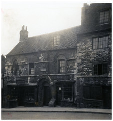 VINTAGE WHERE IS THIS UNKNOWN LOCATION (JOHN MORGANs OLD PHOTOS.) Tags: vintage found photo interesting unusual unknown unique old photos photographer different johnmorgan bw black and white