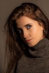 Theresa (leonbrest) Tags: theresa schönheit woman frau jung hübsch studioportrait studio portrait