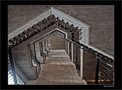 Asymmetrie (dolorix) Tags: dolorix architektur architecture rathaus townhall beton concrete gottfriedböhm architekt staircase treppenhaus