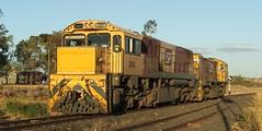 QR 2414 & 1732 (Dulacca.trains) Tags: qr queenslandrailways qld 2414 1732 emd train locomotive engine queensland australia australian aussie narrowgauge diesel