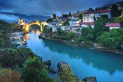 Mostar Evening (hapulcu) Tags: bosnaihercegovina bih bosna bosnia herbst hercegovina mostar automne autumn autunno otoño toamna