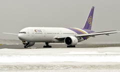Thai HS-TKK, OSL ENGM Gardermoen (Inger Bjørndal Foss) Tags: hstkk thai boeing 777 osl engm gardermoen