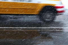 Genial? (Elios.k) Tags: horizontal outdoors nopeople road street sprinkler japanese japanroadsprinkler snowmelting snow snowing snowfalling snowfall frozen shosetsu water warmwater taxi car motion movement motionblur transportation winter weather danger snowcountry yukiguni town city colour color slowshutterspeed means travel travelling vacation canon 5dmkii camera photography december 2017 yuzawa japanesealps niigataprefecture chūburegion chubh honsu asia japan