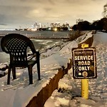 Who is looking for chair ? #lakemichigan #chicago #winter #lakeshore #cityexplore thumbnail