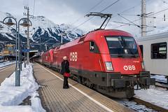 1116 044-9 ÖBB Innsbruck Hbf 01.02.19 (Paul David Smith (Widnes Road)) Tags: 11160449 öbb innsbruck hbf 010219 1116 taurus siemens