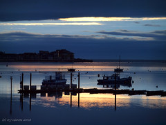 Another Exe Estuary dawn (ExeDave) Tags: pc296879 exe estuary starcross teignbridge exmouth marina east devon sw england gb uk dawn sunrise coastal tidal river landscape waterscape sky jetty moored ferry boats sssi spa natura natura2000 n2k site ramsarsite reflections blue mouth