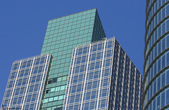 Arquitectura Moderna -Geometrías (Marina-Inamar) Tags: argentina arquitectura buenosaires puertomadero azul vidrio ventanas moderno edificios geometrias lineas curvas
