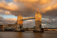 Sunset at Tower Bridge (Mister Oy) Tags: sunset london towerbridge thames river bridge clouds capital england english nikond850 nikon1635mmf4vrafs